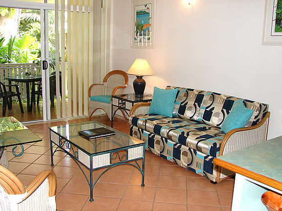 Palm Cove Tropic Apartments: Lounge 1 Bedroom