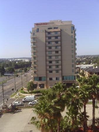 Parramatta Waldorf Apartment Hotel: waldorf parramtaa