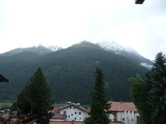 Hotel Gridlon Wellness am Arlberg: Vues de notre chambre...