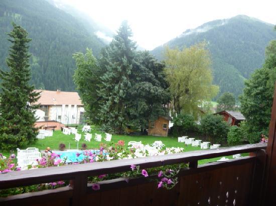 Hotel Gridlon Wellness am Arlberg: Aperçu du jardin