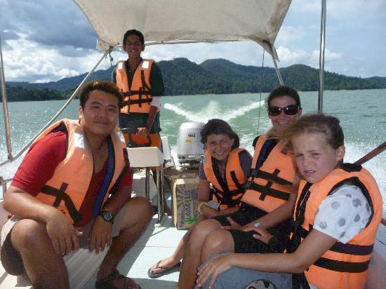 Tasik Temenggor Discovery Island: Tom is the chap on the left!