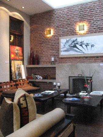 Azur Real Hotel Boutique: Hotel lobby