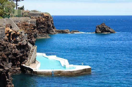 Santa Cruz, Portugal: Piscine d'eau de mer