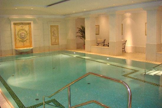 Hotel Adlon Kempinski: Haallenbad
