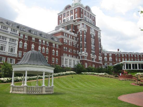 The Omni Homestead Resort: The Hotel taken from The Casino Lawn