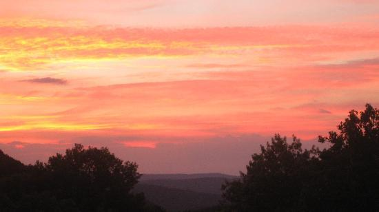 Hot Springs, VA: Sunset from Tower Room's Outdoor Porch