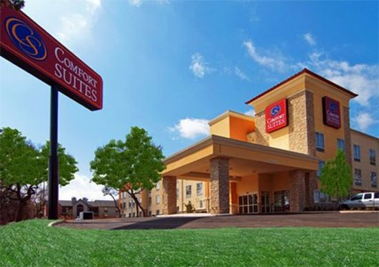 Comfort Suites San Antonio NW Near Six Flags: Exterior of Hotel