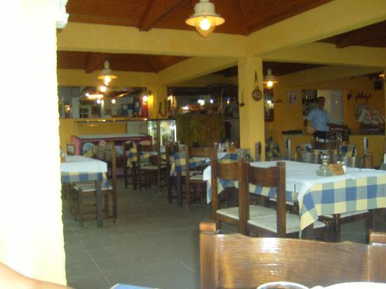 Muses Hotel: Resteraunt