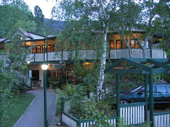 Mountain Grand Guest House: Halls Gap's unique historic guesthouse
