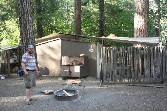 national yosemite rentals rent in near resort park cabin rv accommodation for cabins cozy