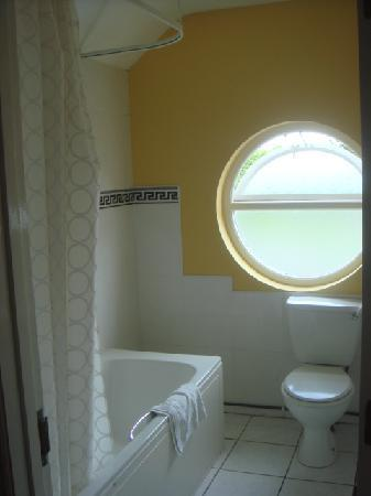 Fanad House: Bathroom 6