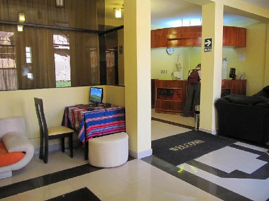 Mosoq Inn: Reception/Lounge