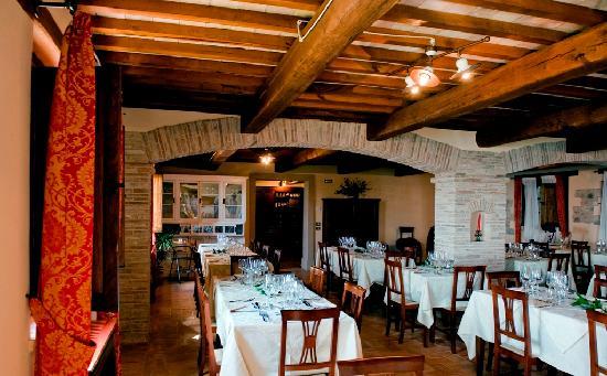 Agriturismo Le Mandrie di San Paolo: Le Mandrie Restaurant