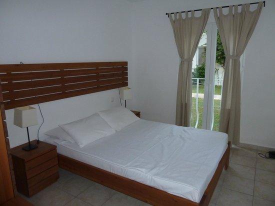 Meis Apart: Bedroom