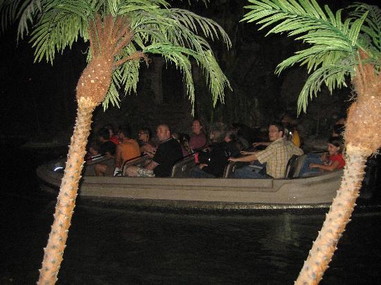 Blue Lagoon Restaurant - Disneyland Paris: POTC ride boat passing.