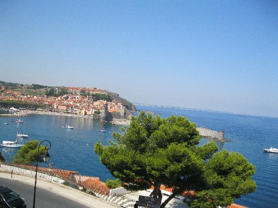 Pierre et Vacances Residence Les Balcons de Collioure : vue du balcon