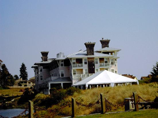 The Resort at Port Ludlow: View of Port Ludlow Inn