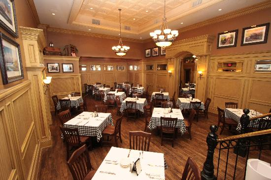 Donovan's Grill & Tavern: great party room