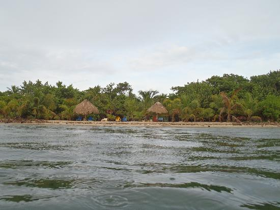 Barnacle Bill's Beach Bungalows: The view from the water