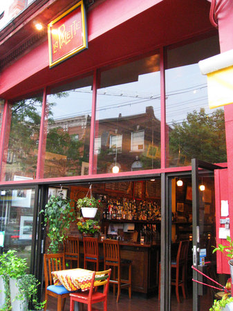 Photo of French Restaurant La Palette at 492 Queen St W, Toronto M5V 2B3, Canada