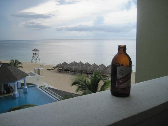 Iberostar Grand Hotel Rose Hall: red stripe and view from balcony