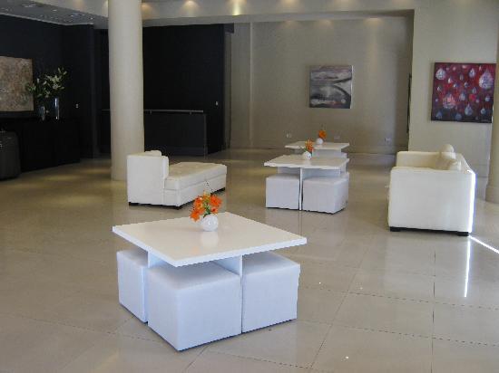Unique Art Madero: Lobby