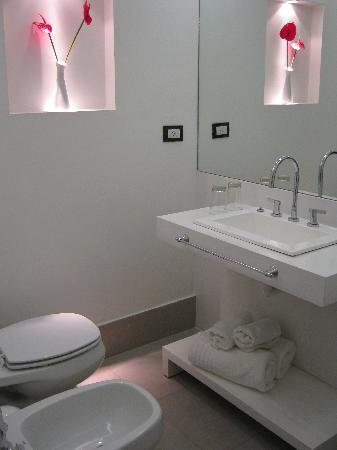 Unique Art Madero: Banheiro