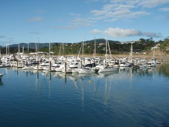 Peninsula Airlie Beach: Looking toward Airlie