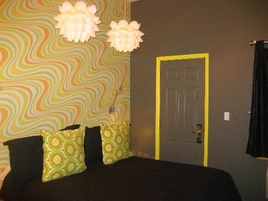 The Roxbury Contemporary Catskill Lodging Most Comfy Bed And Luxurious Soft Sheets