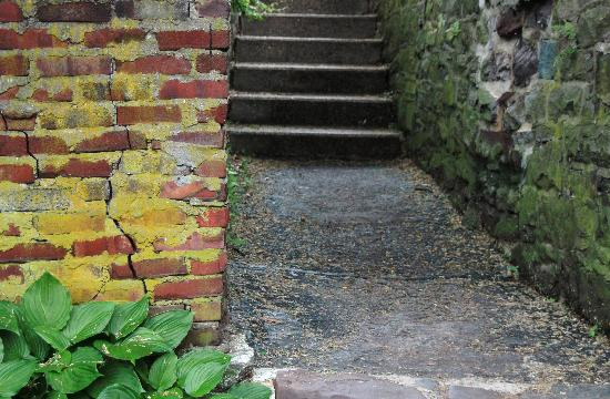 New Hope, PA: Brick by the canal