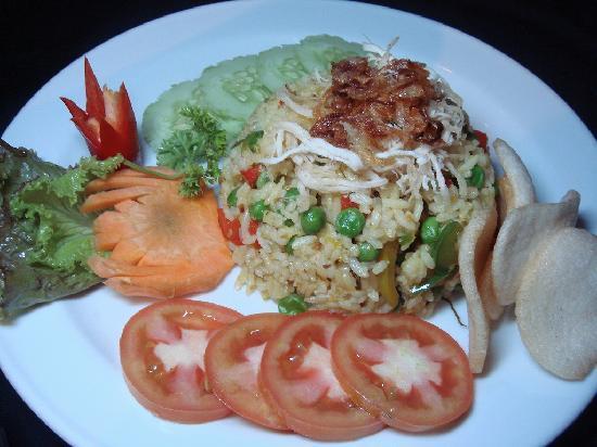 Restaurant AYA: NASI KUNING
