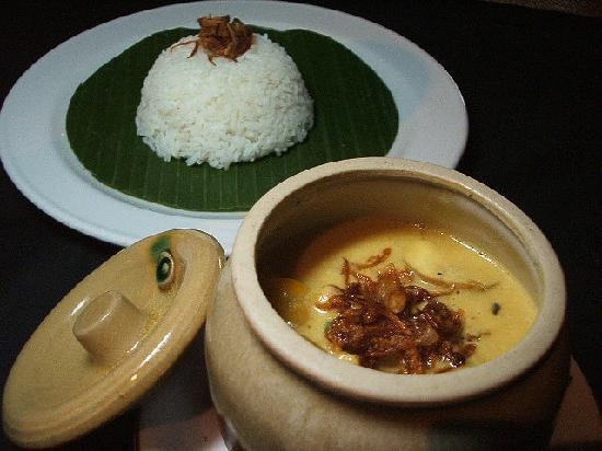 Restaurant AYA: AYAM KARI