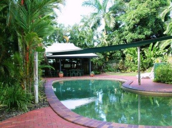 Citysider Holiday Apartments: Citysider Cairns - Poolside