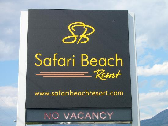 Safari Beach Condo Resort: sign