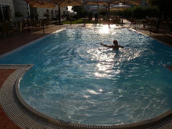 Hotel San Mauro: La piscine
