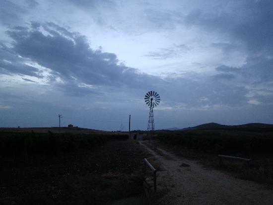 Agriturismo Valle Benuara: mulino antistante agriturismo