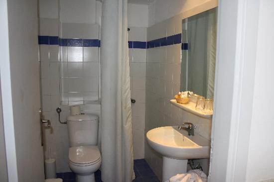 Glaros Beach Hotel: bagno orribile!!
