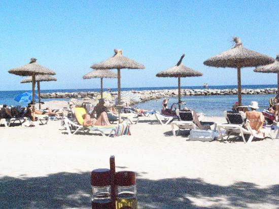Levante Park Hotel: Beach