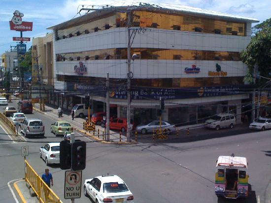 Gran Prix Hotel & Suites Cebu: Exterior View