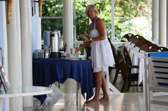 Jamaica Inn: colazione alla mattina presto !