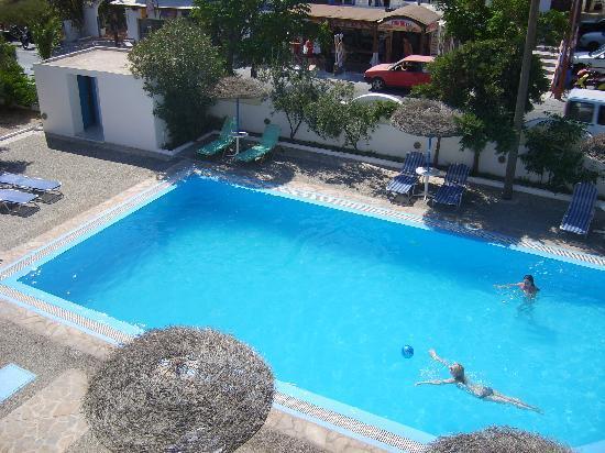Petra Nera Hotel : piscina