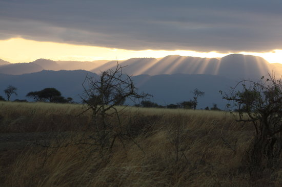 Rhino River Camp: Meru sunset over Nyambeni Hills