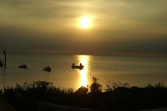 Rodanthe Watersports and Campground: Sunset view from our campsite