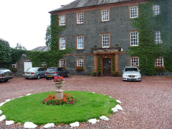 BEST WESTERN Moffat House Hotel: parking