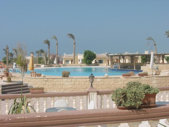 Ramada Ras Sudr Resort: pool