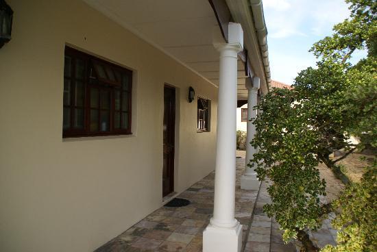 Milkwood Lodge: L'accès aux différentes chambres