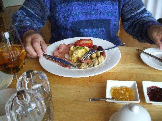 St Kyrans Country House & Restaurant: breakfast