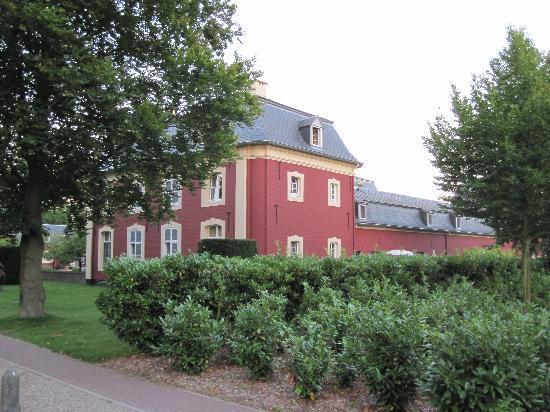 Chateau St. Gerlach : Seitenansicht Hotel Haupthaus