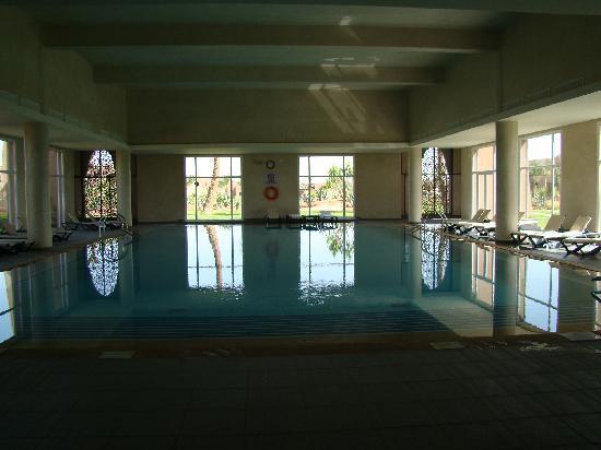 ClubHotel Riu Tikida Palmeraie: piscine intérieure chaude en toutes saisons