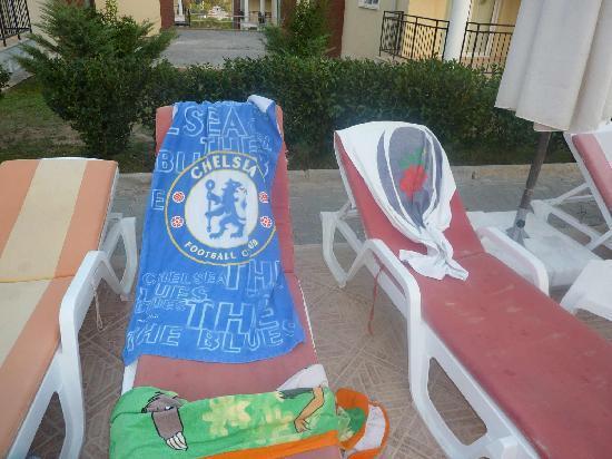 Beach Villas : proof bagging sunbeds early.com hey paul